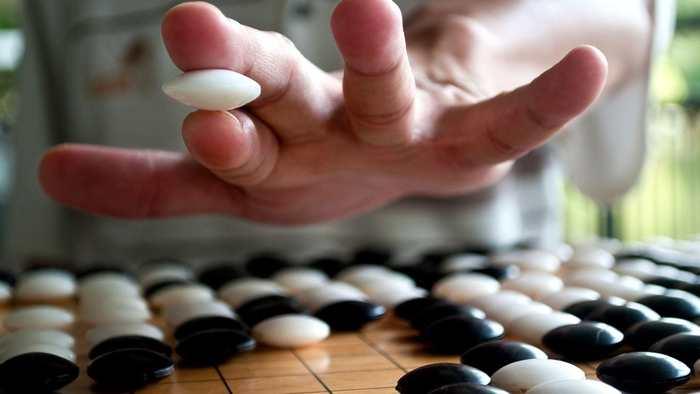 """AlphaGo obtient le classement """"Divin"""" dans le jeu de Go"""