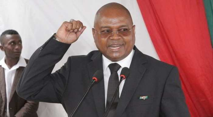 Madagascar : Le Premier Ministre Jean Ravelonarivo a déposé sa démission le 08 avril 2016