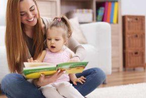 Une nouvelle recherche montre une corrélation forte entre les revenus à l'âge adulte et l'accès aux livres pendant l'enfance.