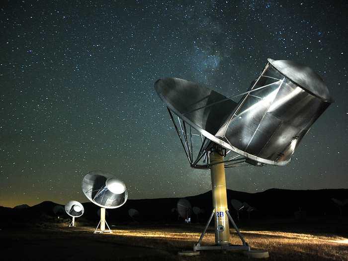 Le projet SETI se penche sur la tâche difficile d'annoncer la découverte d'une civilisation extra-terrestre dans le futur