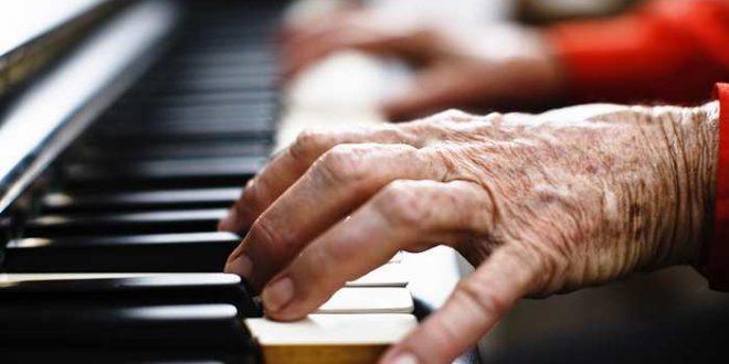 Le mystère d'une pianiste exceptionnelle de 101 ans atteint de démence