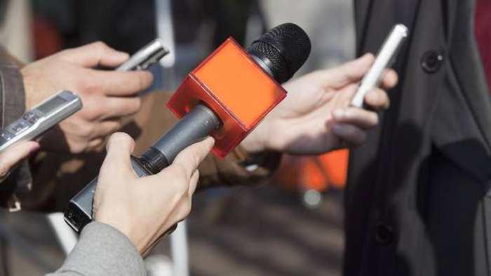 En Algérie, le ministre de la Télécommunication incite les journalistes à porter plainte contre leur patron si ce dernier ne respecte pas leur droit et que leur salaire est une misère