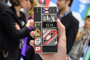 Google abandonne le projet Ara, le concept de téléphone modulaire. Le projet pourrait être repris par des partenaires.