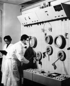 Est-ce que la science est parfaite ? Non, est-ce qu'elle peut mieux faire ? Assurément, si elle ne se tirait pas une balle dans le pied en accordant trop de place à certaines pratiques, notamment dans la publication scientifique et les nouvelles hypothèses.