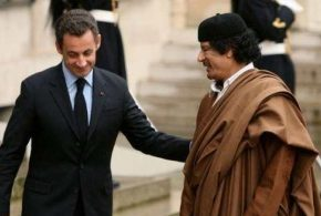 Kadhafi aurait financé la campagne de Sarkozy via son ancien ministre du Pétrole qui est mort en 2012. Quoi, Sarkozy n'est plus l'honnête homme qui est chanté à tue-tête par les médias de masse ?