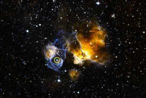 LMC P3 (entouré en jaune) est situé dans les restes d'une supernova appelé DEM L241 dans le Grand nuage de Magellan. Ce système est le premier système stellaire binaire découvert dans une autre galaxie et c'est le plus lumineux dans les rayons gamma, rayons X et la lumière visible. Crédit : NASA.