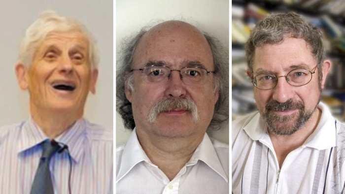 Le prix Nobel de Physique 2016 a été attribué à David J. Thouless, F. Duncan M. Haldane et J. Michael Kosterlitz pour leurs descriptions sur les états exotiques de la matière.