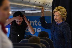 Le FBI lance une enquête sur l'affaire des mails d'Hillary Clinton. A quelques jours de l'élection, les démocrates devront affronter de nombreuses tempêtes médiatiques.