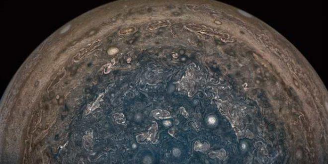 La sonde Juno va rester à distance de Jupiter