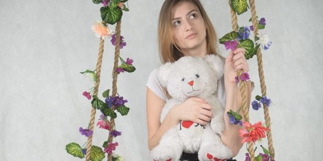 Poupées et peluches connectées : Un appel à vigilance sur l'internet des jouets