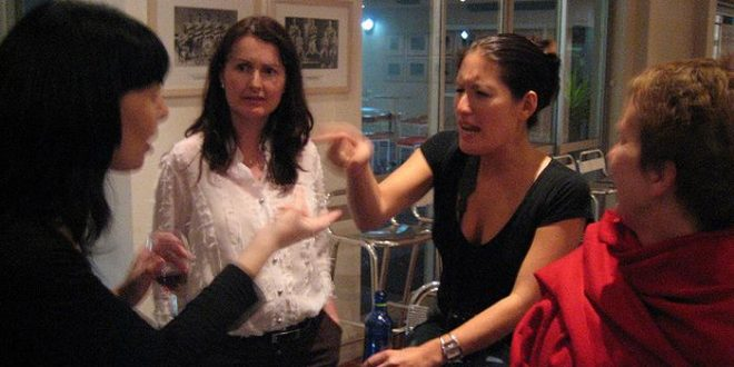 Discussions politiques : Stress et cynisme chez les travailleurs