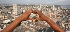 Avec 12,1 millions d'habitant, la ville de Kinshasa au République Démocratique du Congo (RDC) détrône Paris sur la première ville francophone du monde.