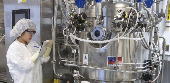 Les cellules à l'intérieur de cette cuve sont les usines des biomédicaments - Crédit : Sanofi Pasteur, CC BY-NC-ND