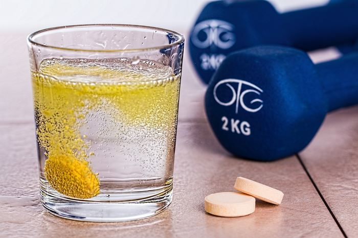 Les chercheurs rapportent des liens potentiels entre la vitamine B et le risque du cancer du poumon. Malgré un échantillon intéressant, l'étude est franchement moisie.