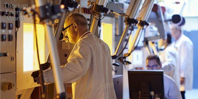 Une expérience sur le réacteur de thorium à sels fondus et quelques mythes sur les réacteurs au thorium