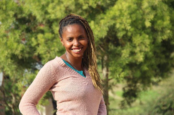 La prédominance de TripAdvisor et Booking pour trouver des établissements à Madagascar est une véritable atteinte à l'économie numérique et la présence sur le web des entreprises. En créant un serpent qui se mord la queue, ces sites empêchent la visibilité des autres établissements malgaches sur le web.