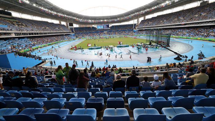 Des milliers de gradins vides pendant les Jeux olympiques de Rio