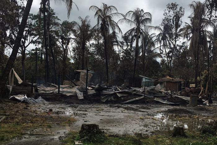 Une maison brulée dans l'Etat de Rakhine, principale région des Rohingyas - Crédit : Stringer/Reuters