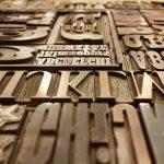 Les meilleurs Google Font pour vos titres sont Oswald, Anton, Fira Sans et Roboto Condensed tandis que pour le corps de vos textes, les plus beaux Google Fonts sont Libre Franklin, Rubik, Playfair Display, Lora, Roboto, Gentium Basic, Josephin Slab, PT Sans, PT Serif, Lato, Open Sans.