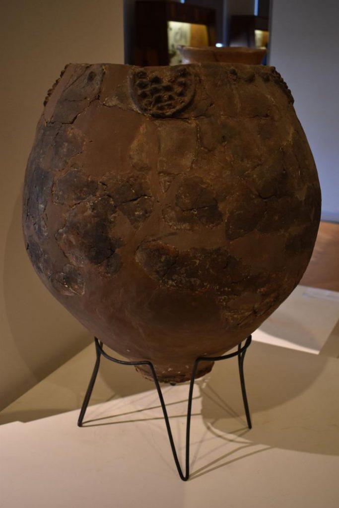 Une jarre provenant du musée de Géorgie qui a pu servir à fabriquer du vin - Crédit : Judyta Olszewski