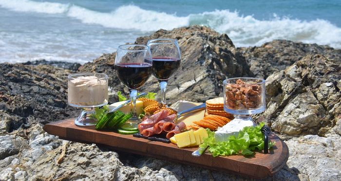 Une étude présente des preuves de la domestication du raisin et de la fabrication du vin pendant le néolithique remontant à 6 000 avant l'ère commune dans le Caucase.