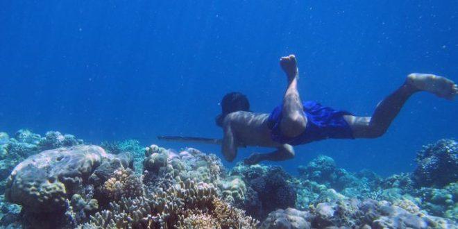 En Indonésie, un peuple peut rester 13 minutes sous l'eau sans respirer