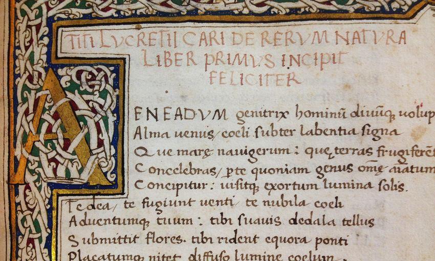 L'ouverture du livre De Rerum Nature par Lucrèce, manuscrit daté de 1563 - Crédit : Wikipedia