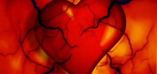 Une étude a démontré un lien entre la thérapie hormonothérapie et plusieurs troubles vasculaires tels que l'accident vasculaire cérébral et la thromboembolie veineuse chez les femmes transgenres.