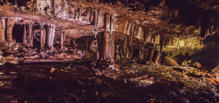 La grotte indienne Mawmluh abrite la stalagmite de référence pour l'âge nouvellement nommé Meghalayen Crédit : Abhijeet Khedgikar/Shutterstock.com