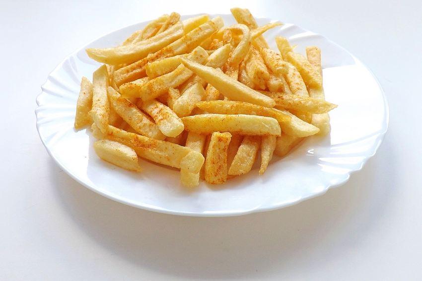 Manger des frites, même pendant toute votre vie, ne double pas votre risque de mort