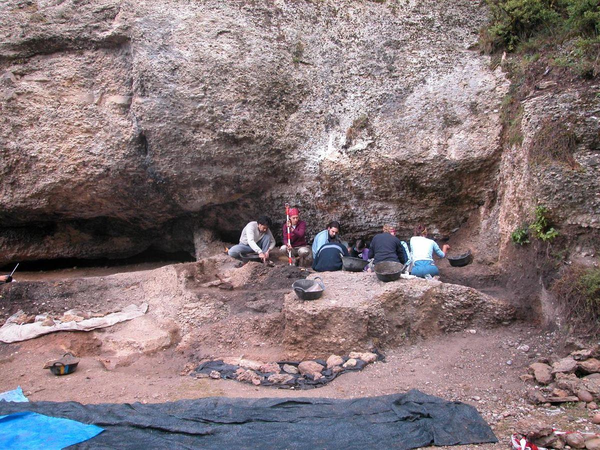 Travaux de terrassement en cours sur le site de Balma Guilanyà - Crédit : CEPAP-UAB