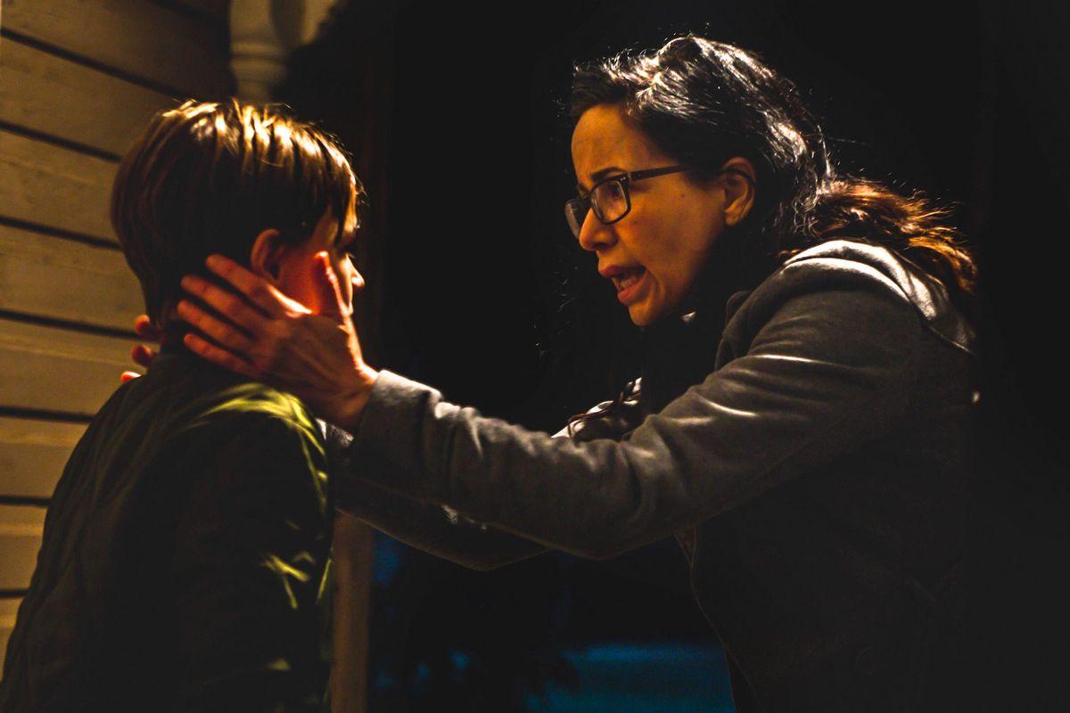 Mercy Black est un film d'horreur qui arrive sur Netflix. Il s'inspire du Slenderman et de Mary Bell, une tueuse d'enfants au Royaume-Uni.