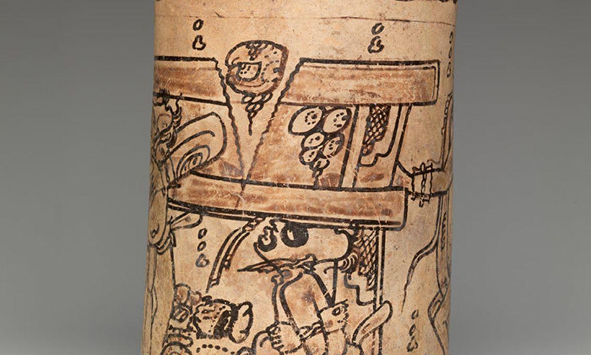 Les détails d'un vase maya de style Codex 7ème ou 8ème siècle - Crédit : Met Museum, New York