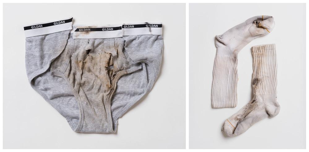 Sous-vêtements portés par Jaime Santana et chaussettes portées par Justin Gauger quand ils ont été frappés par la foudre - Crédit : William LeGoullon