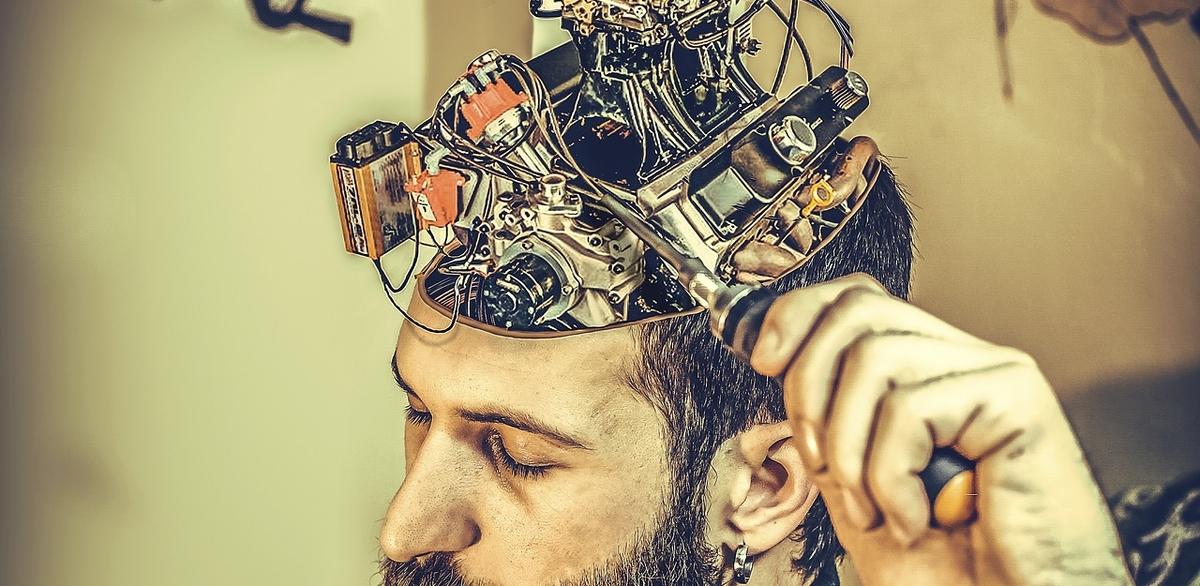 Les technologies d'interface neuronale promettent de révolutionner la médecine. Un rapport propose des pistes pour le réguler, car ces technologies ont le pouvoir de réinventer la définition de l'être humain.
