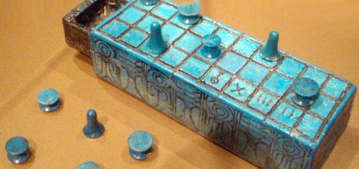 Les anciens parents égyptiens craignaient-ils que leurs enfants deviennent dépendants de ce jeu appelé Senet ? - Crédit : Keith Schengili-Roberts/Wikimedia Commons, CC BY-SA