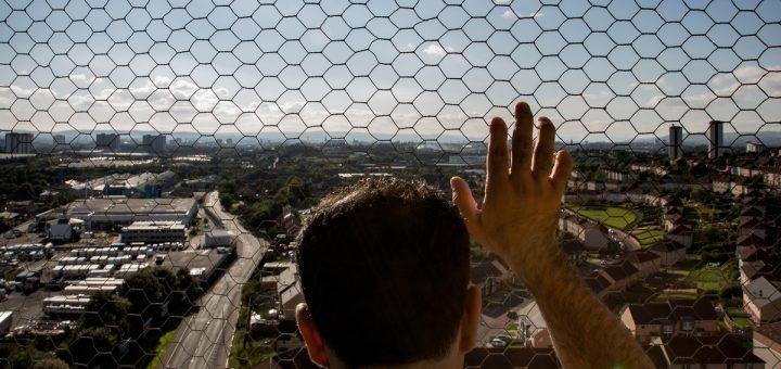 Glasgow est devenue notoire pour le type de maux physiques et mentaux qui sévissent partout dans le monde. La vie urbaine elle-même est-elle nocive pour les humains ou pouvons-nous repenser les villes pour qu'elles puissent nous aider à nous épanouir ?