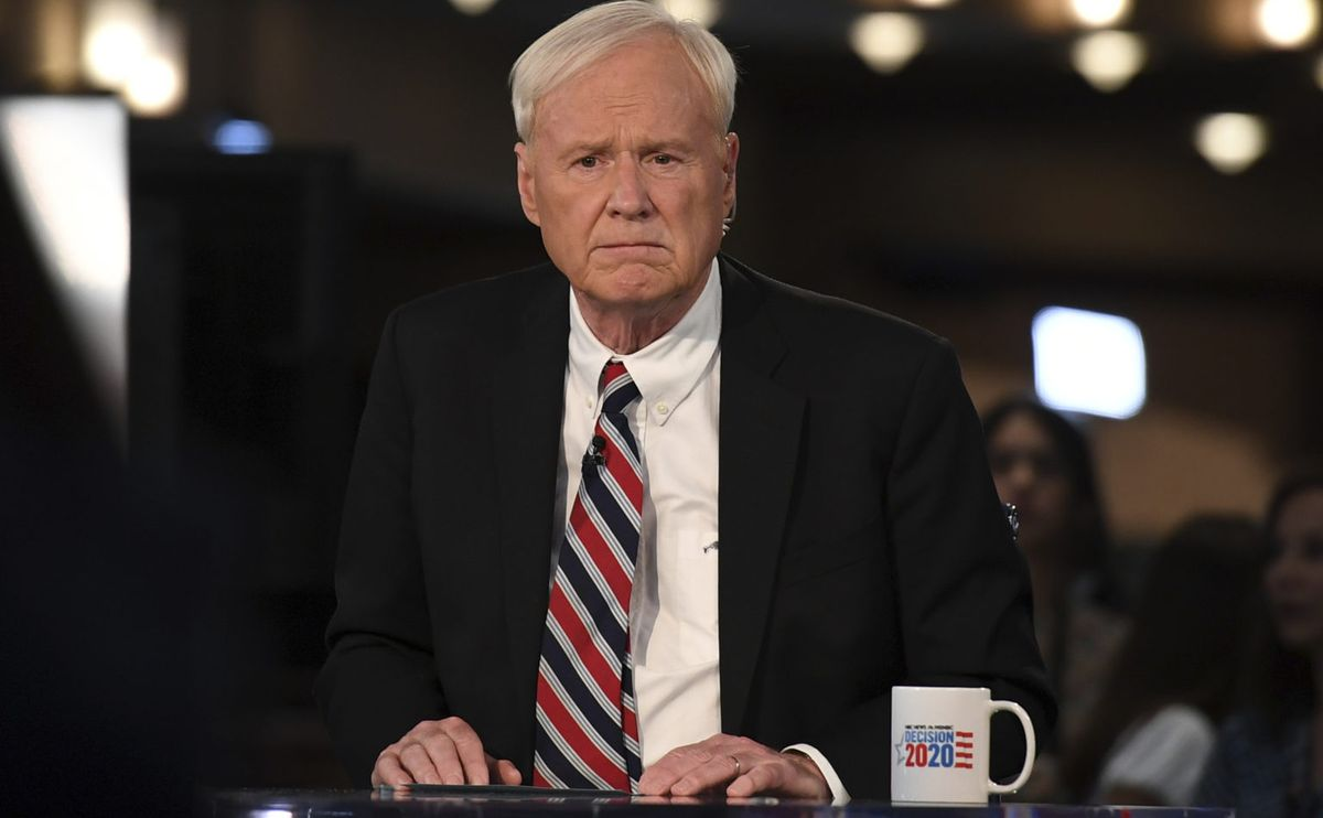 Chris Matthews, chroniqueur sur la chaine MSNBC, est l'exemple typique du Baby Boomer, qui continue à radoter sur le passé et de la menace communiste. Une véritable momie vivante dont l'obsolescence est criarde devant les défis du monde actuel - Crédit : The Associated Press