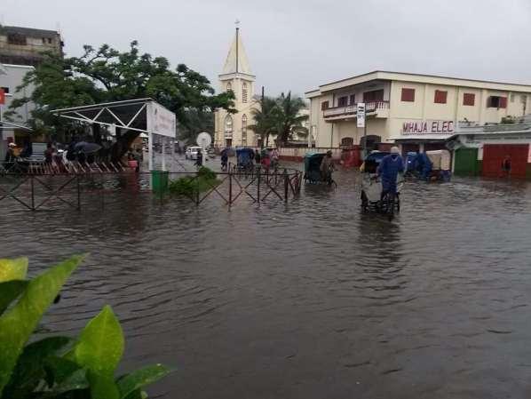 Madagascar : Inondations à Tamatave (15S et Haliba)
