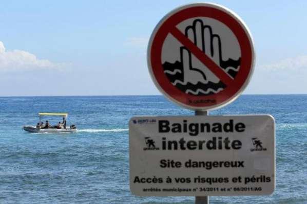 La Réunion : Un garçon de 13 ans attaqué par un requin