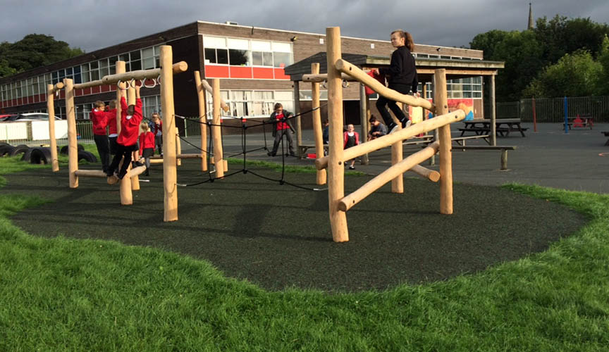 Projects-section-Bramley-St-Peters-Primary-Trim-Trail2.jpg