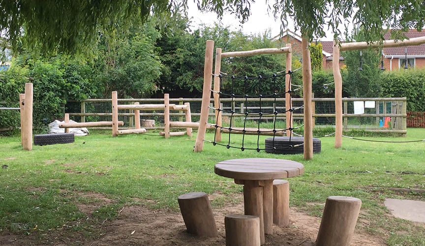 Projects-section-Hawthorns-Primary-School-Playground.jpg