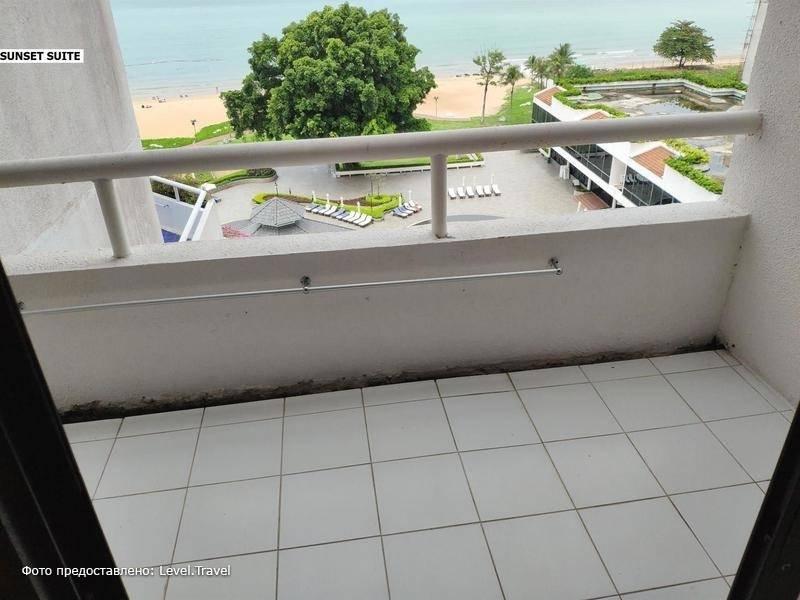 Фотография Ambassador City Ocean Wing