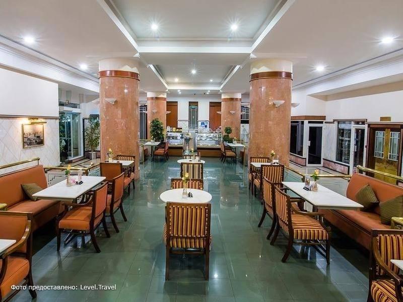 Фотография Holiday International Sharjah Hotel