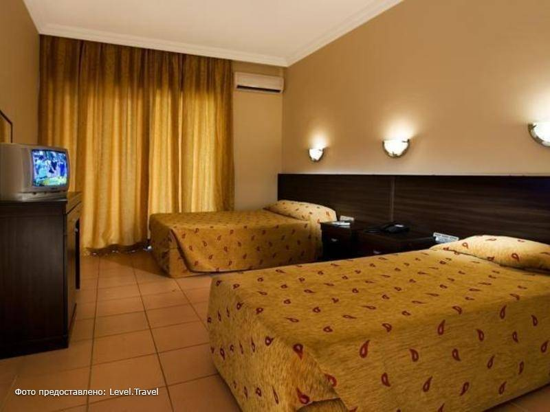 Фотография Castle Park Hotel (Ex. Larissa Park)