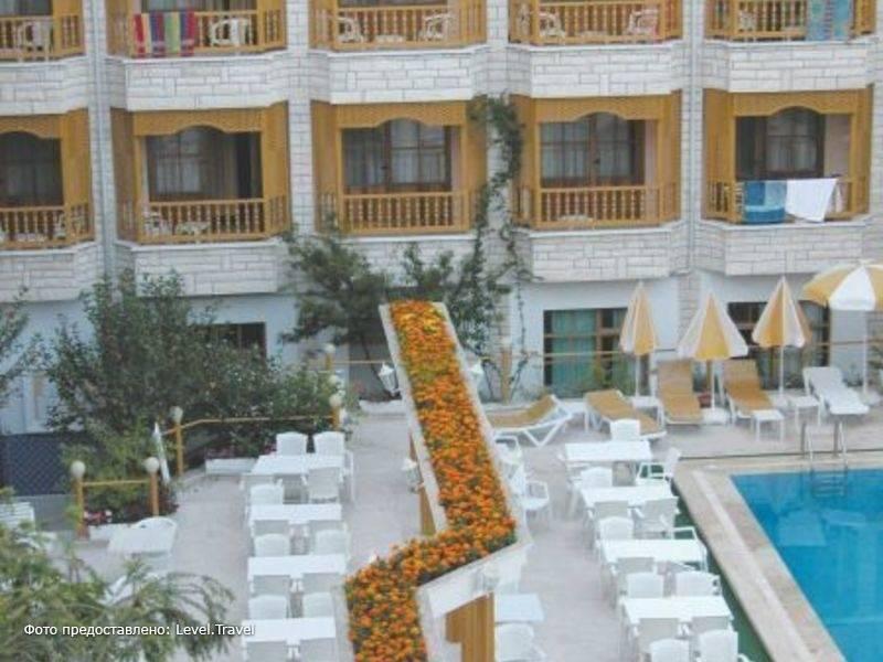 Фотография Mr. Crane Hotel