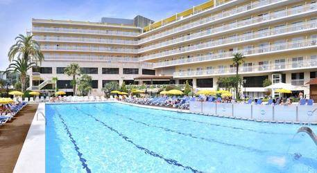 GHT Oasis Park Hotel 4*