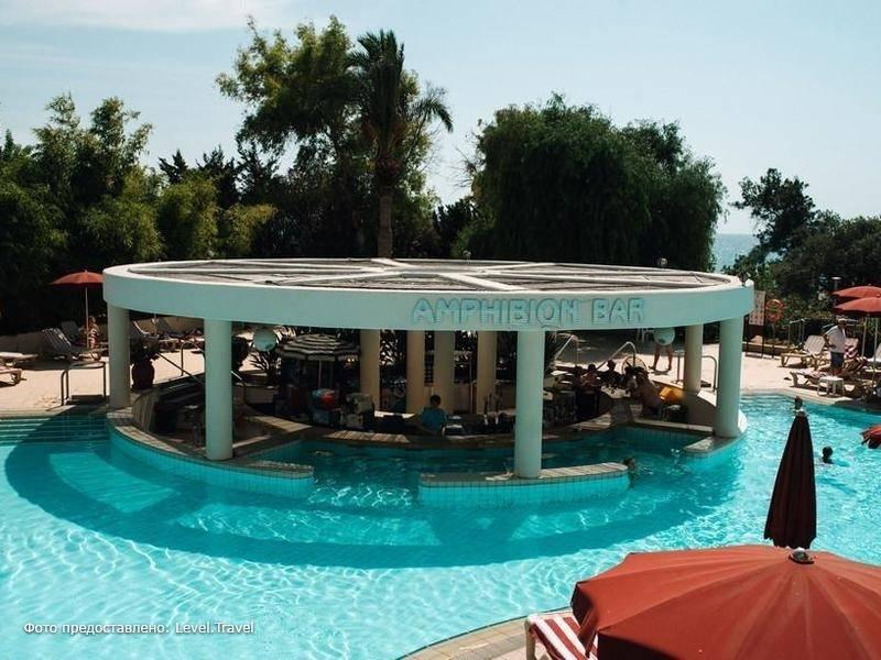 Фотография St. Raphael Hotel