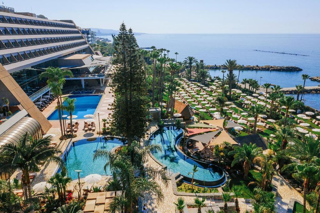 Отель Amathus Beach Limassol, Лимасол, Кипр