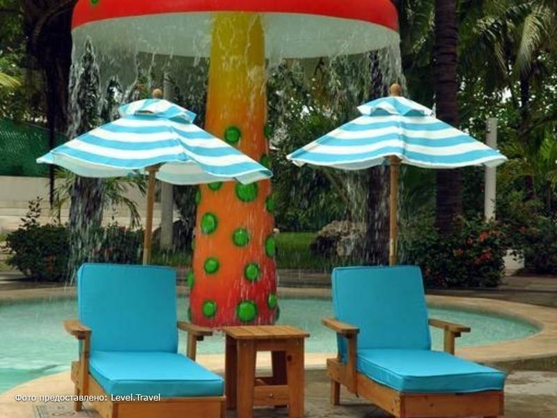 Фотография Oasis Palm Beach